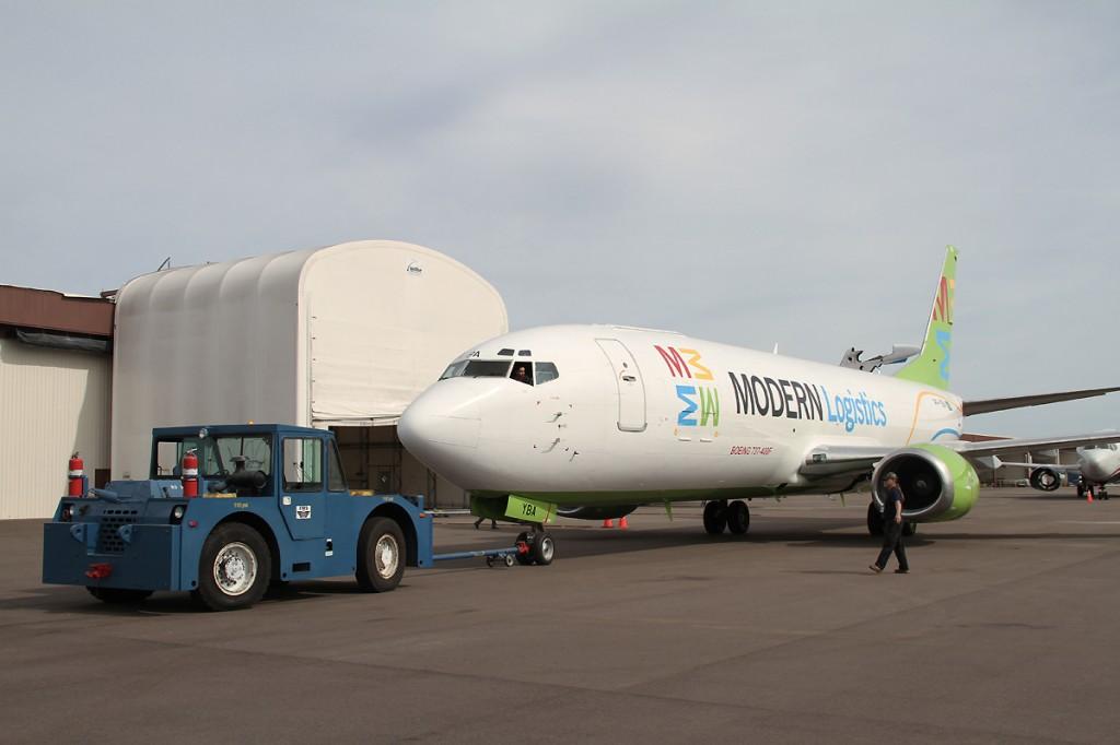 Boeing 737 Modern Logistics