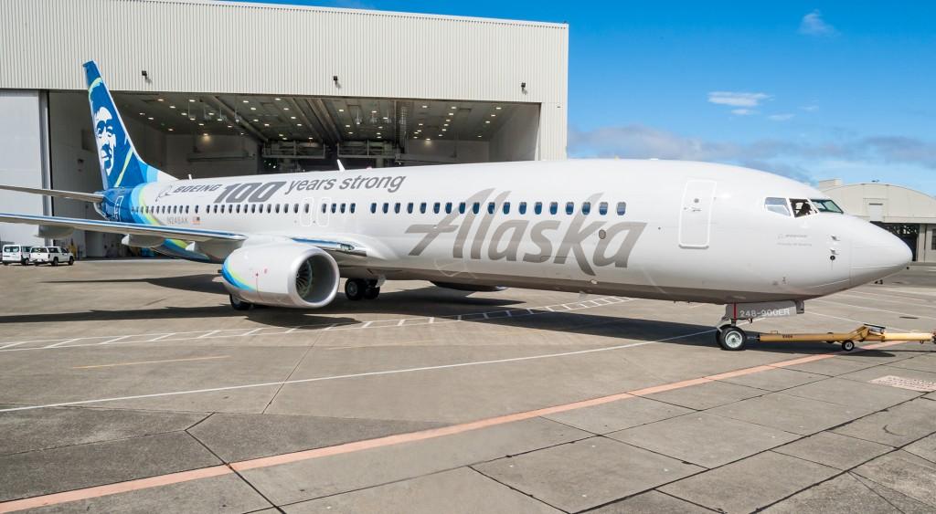 alaska_airlines_boeing_100_737