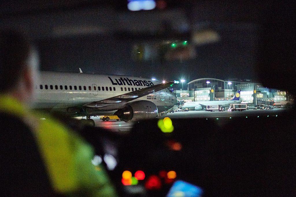 lufthansa-737-300-chegada-fra