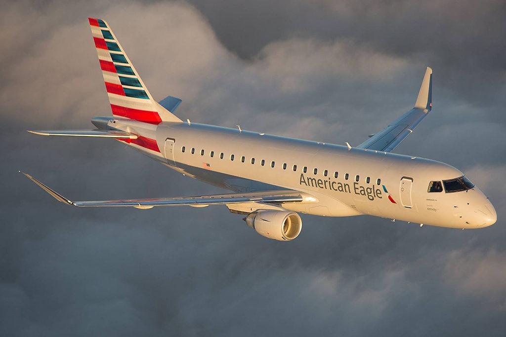 Avião Embraer E175 Envoy American Eagle