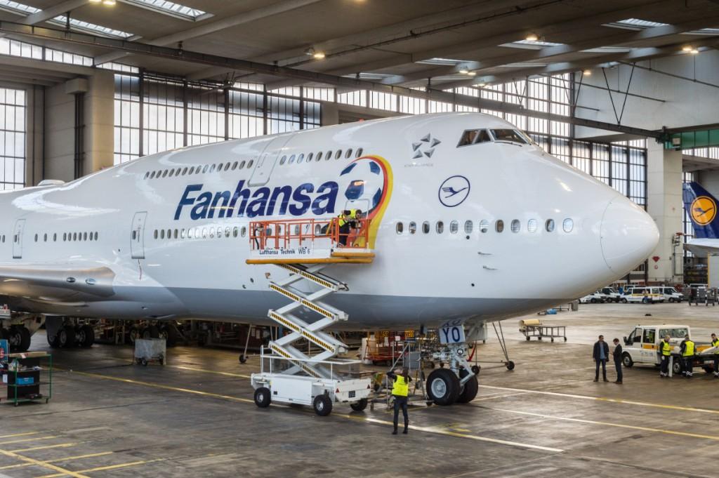 140513-fanhansa-747-8-jmai_6861