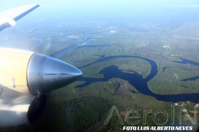 Mas quando os rios são muitos, um GPS ajuda muito. Imagine nas épocas passadas quando os pilotos não tinham esse recurso.