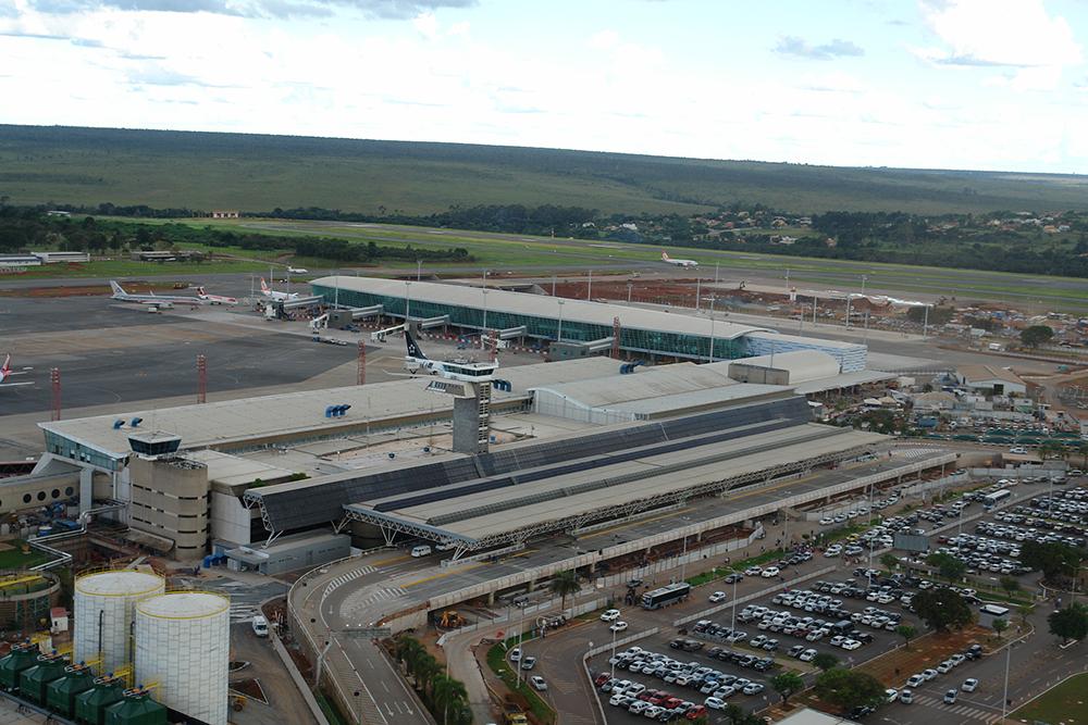 Foto-Aérea-Aeroporto-de-Brasília-2-Abril-de-2014-Foto-Jua-Pita-Inframerica