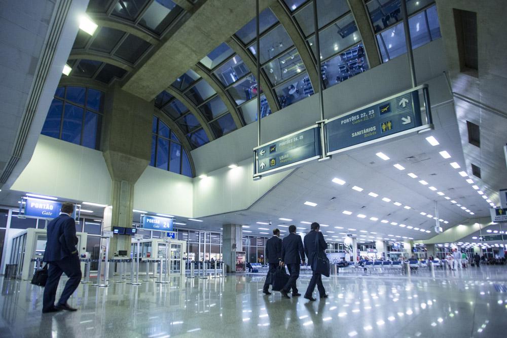 RIOgaleão - Aeroporto Internacional Tom Jobim - Novembro Azul