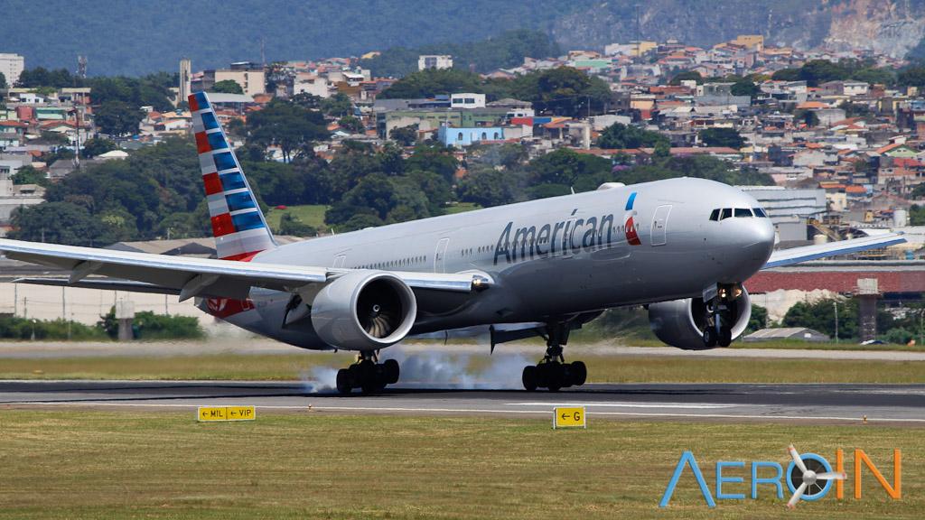 Boeing 777 American