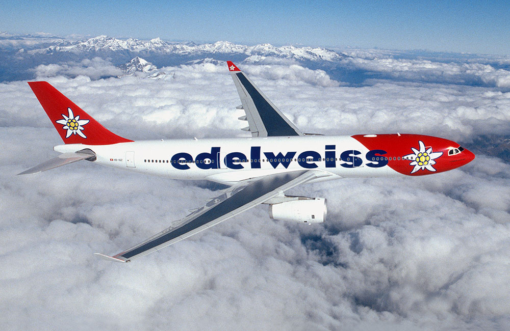 edelweiss_a330_300_air_to_air_1000x650_web