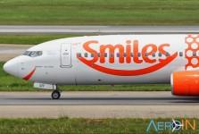 Avião Boeing 737 Gol Smiles