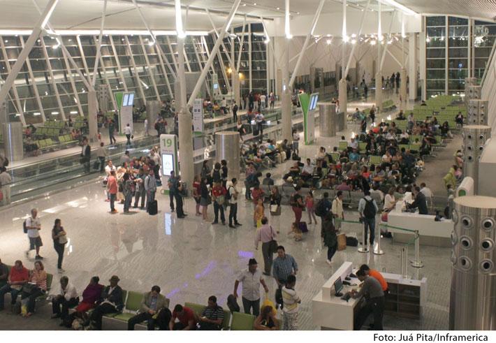 2014-05-19_aeroporto-interna-1