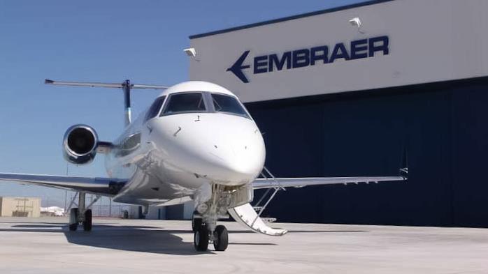 avião jato executivo Embraer