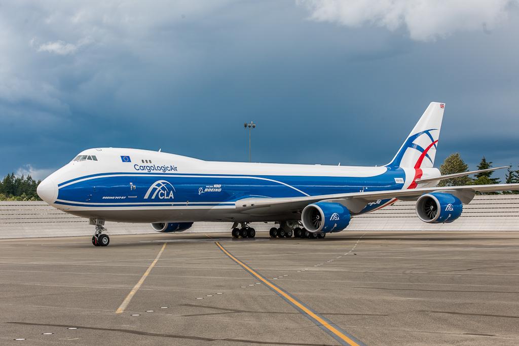 Avião Boeing 747-8F CargoLogic