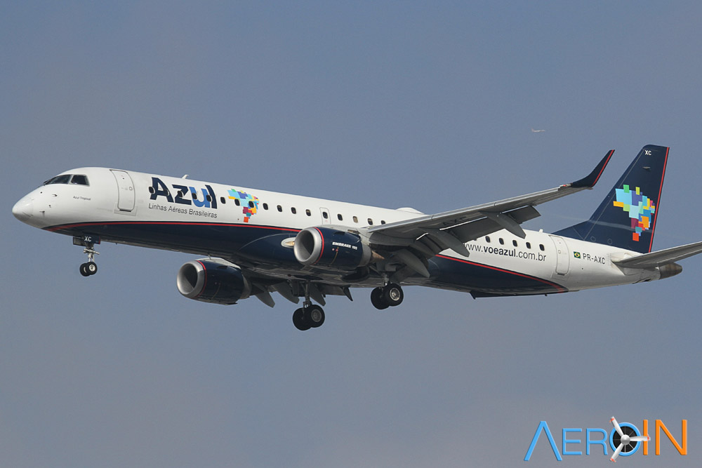 Azul Embraer 195 56845