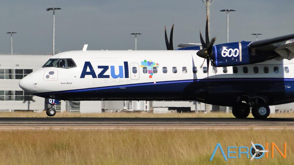 azul-atr-72-161005