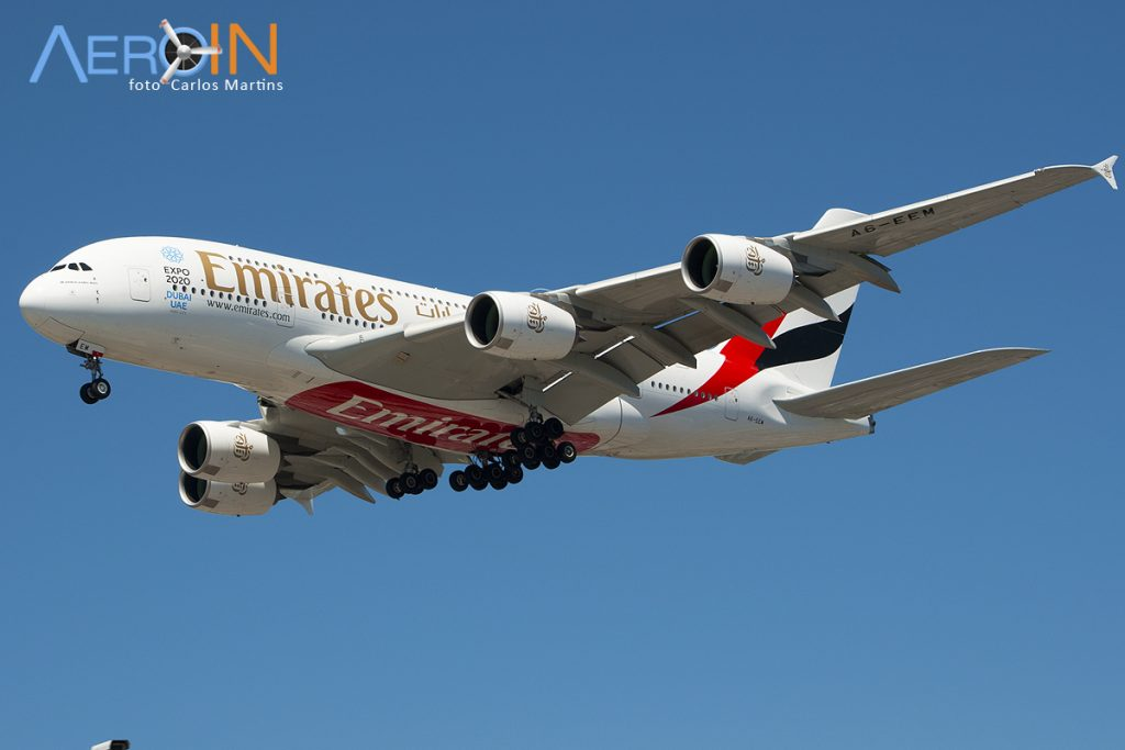emirates-a380-lax