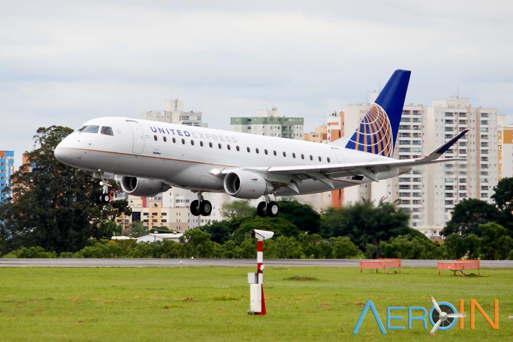 united-express-embraer-erj-175-161116