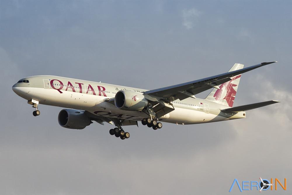 Avião Qatar Airways Boeing 777-200