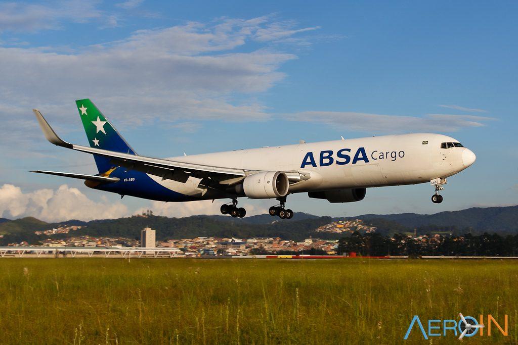 Avião Boeing 767-300F ABSA Cargo