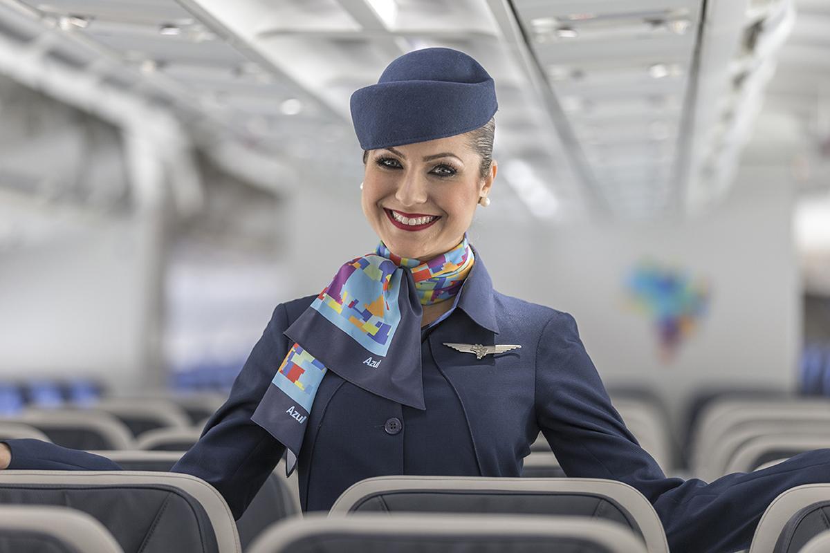 Comissarios De Bordo Entrevista: Azul Linhas Aéreas Abre Vagas Para Comissários De Bordo