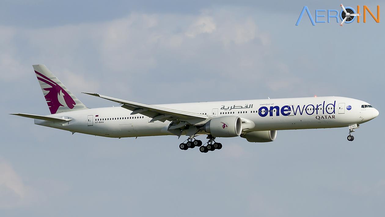 Avião Boeing 777 Qatar Oneworld