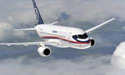 Avião Sukhoi Superjet SSJ100