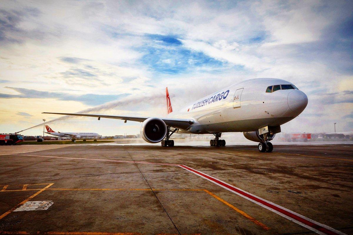 Avião Boeing 777F Turkish Cargo