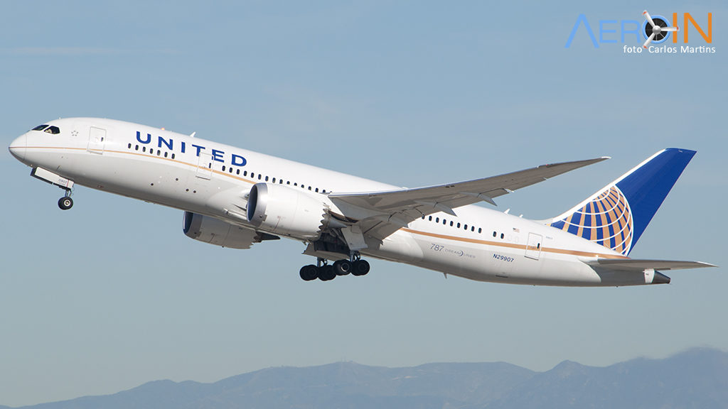 Avião Boeing 787 United Airlines