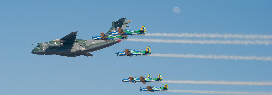 Voamos no KC-390!