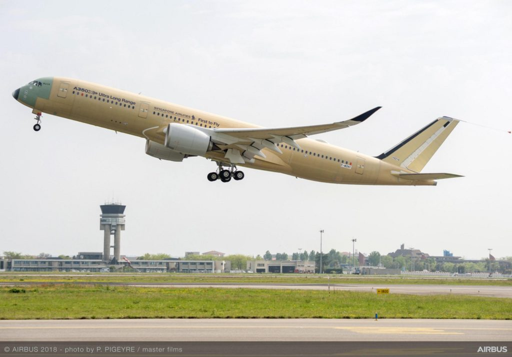 Avião Airbus A350-900ULR