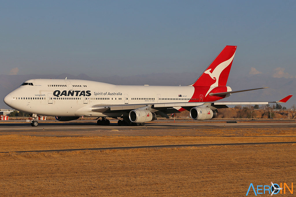 Avião Qantas Boeing 747