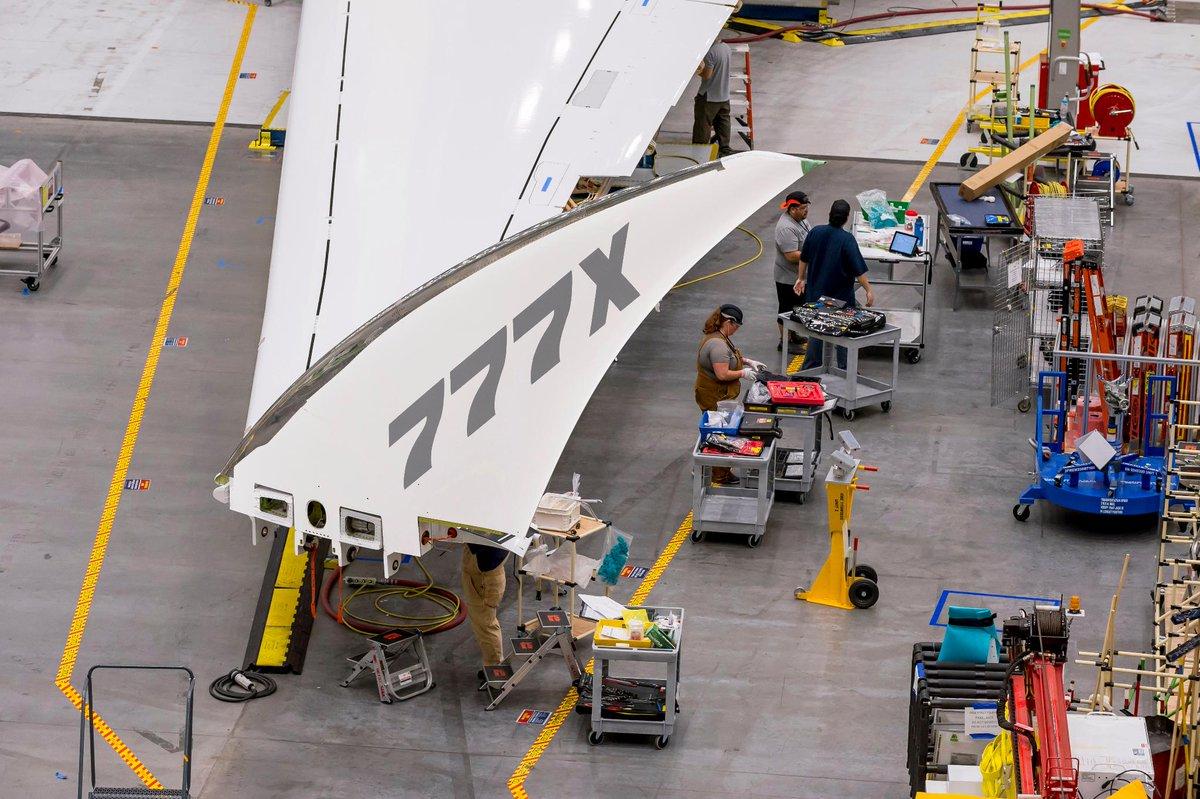 Avião Boeing 777X Folding Wingtip