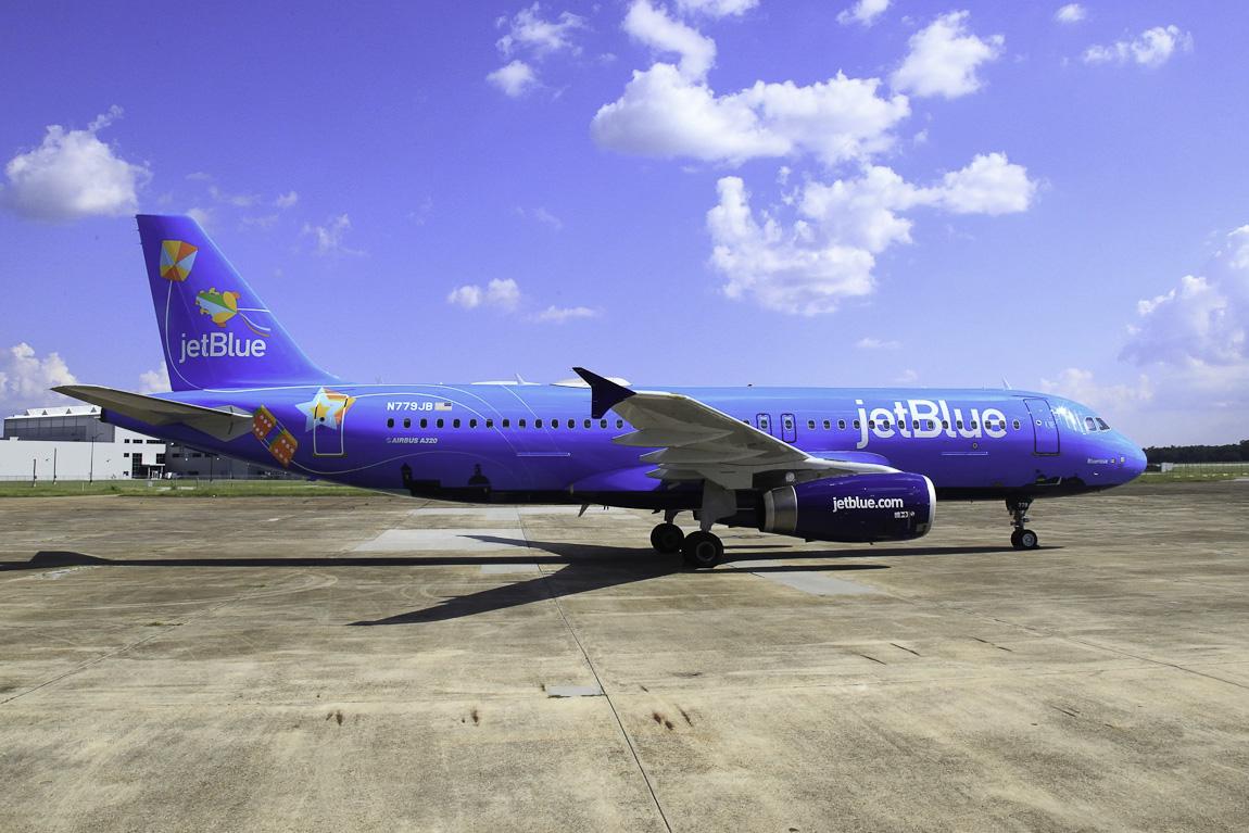 Avião Airbus A320 JetBlue Bluericua