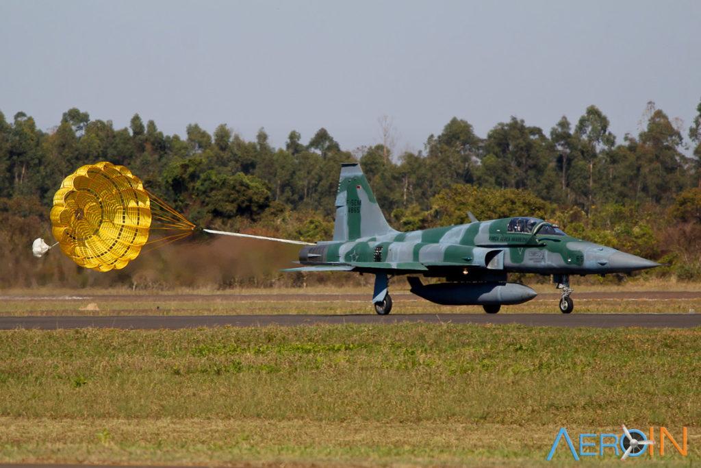 Caça F-5 FAB