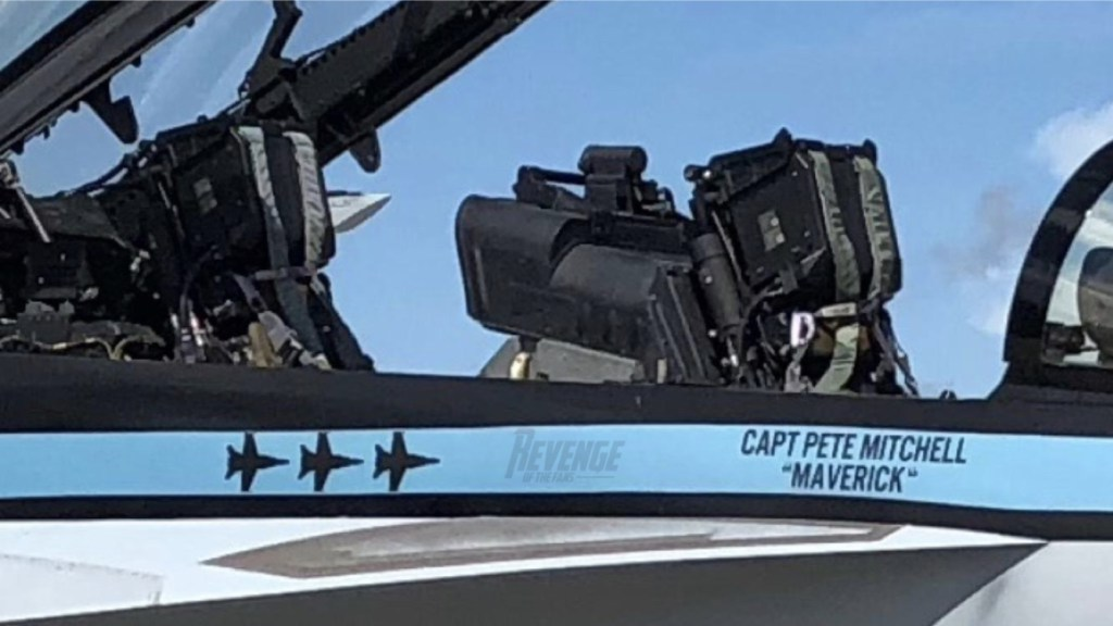 avião F-18 filme Top Gun 2