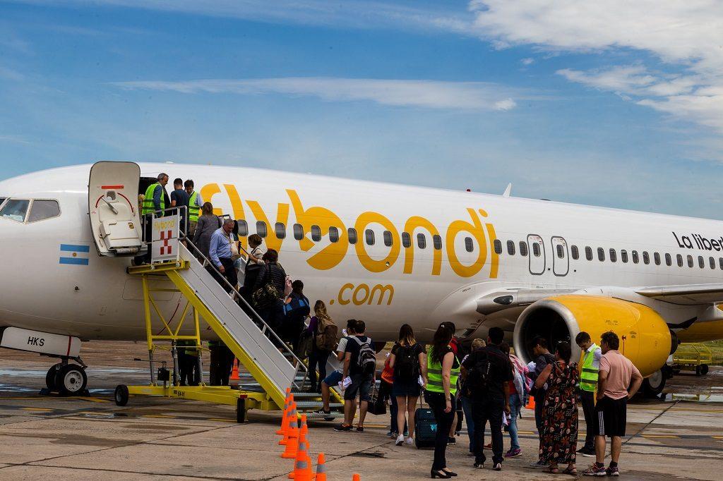 Avião Embarque Remoto Escada Porta Esquerda