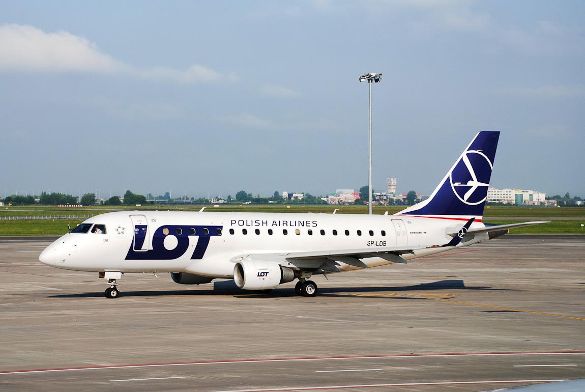 Embraer E-Jet E170 LOT Polish