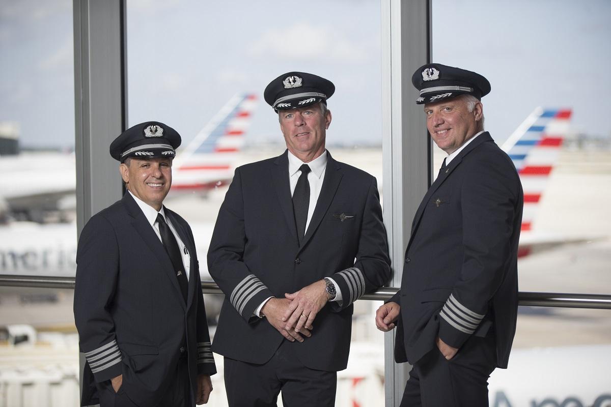 Piloto norte-americano de avião