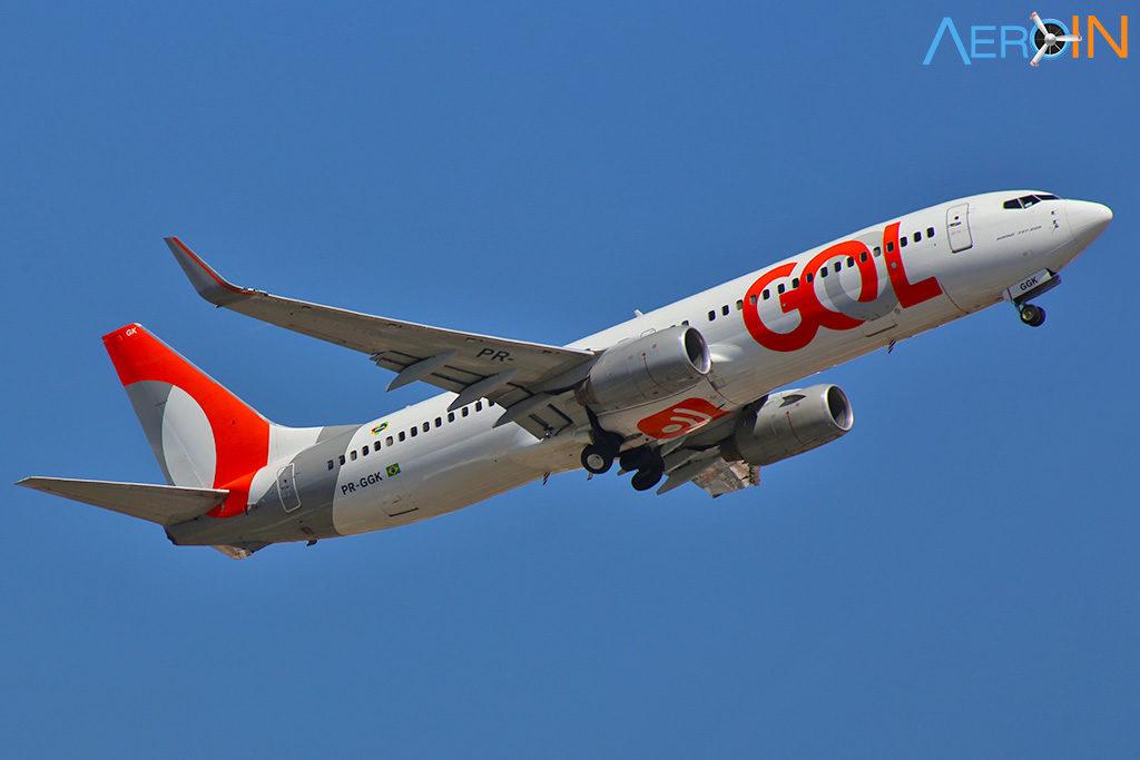 Avião Boeing 737 Gol Internet