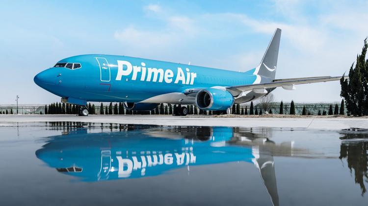 Avião Boeing 737-800F Prime Air Amazon