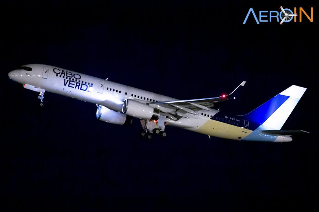 Avião Boeing 757-200 Cabo Verde TACV