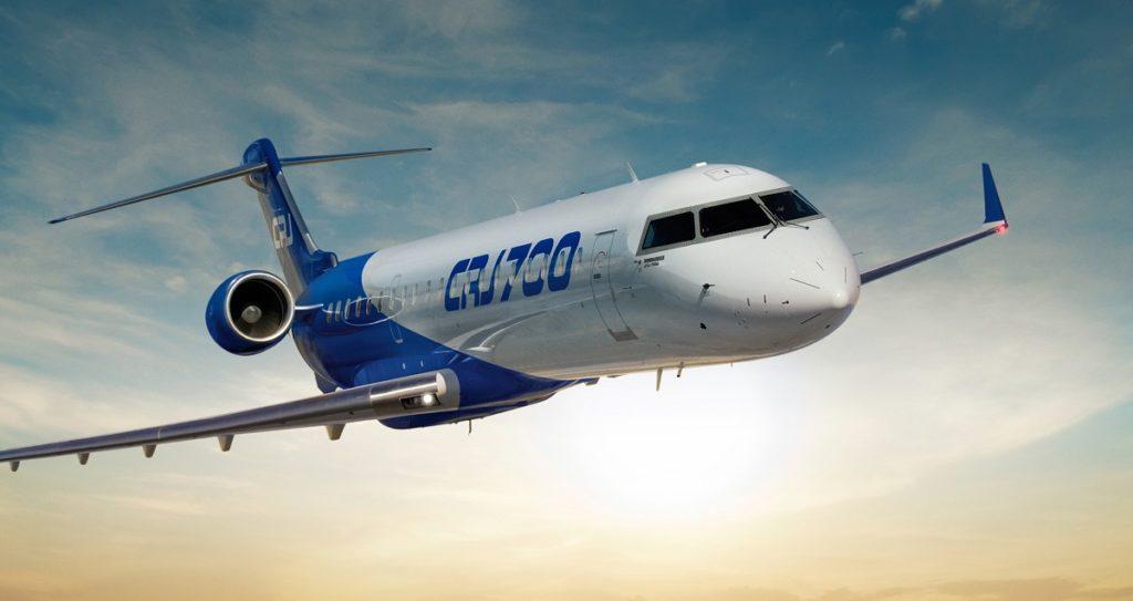 Avião CRJ700