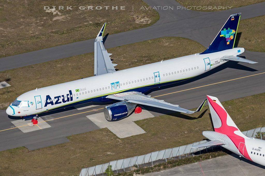 Airbus A321neo da Azul estocado em Hamburgo