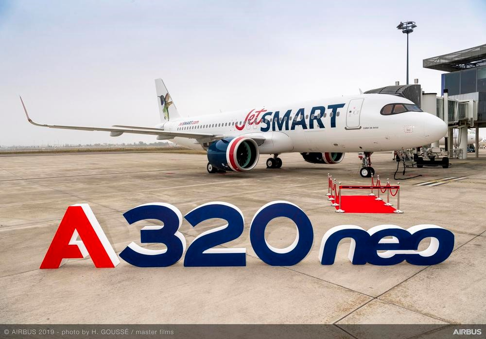 Avião Airbus A320neo primeiro JetSMART