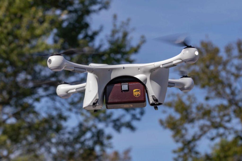 UPS drone entrega aérea pacote