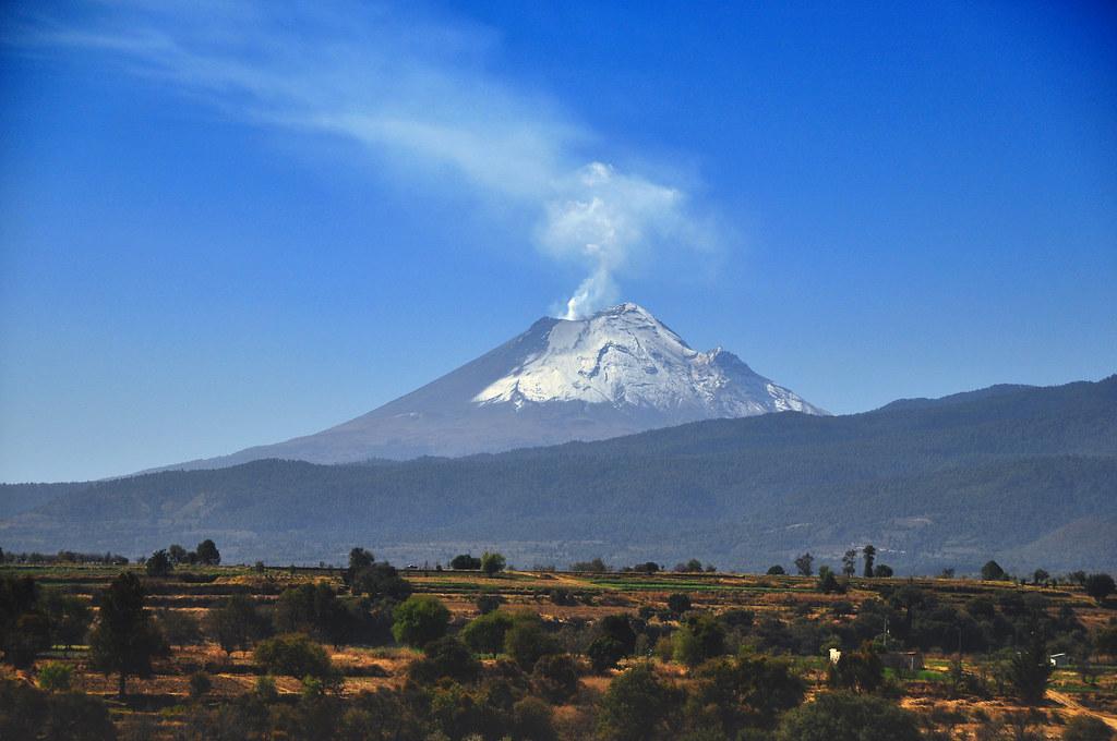 Vulcão Popocatepetl, no México