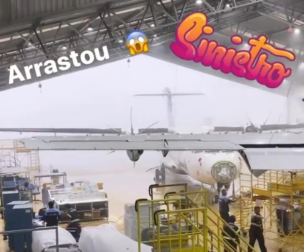 Avião ATR