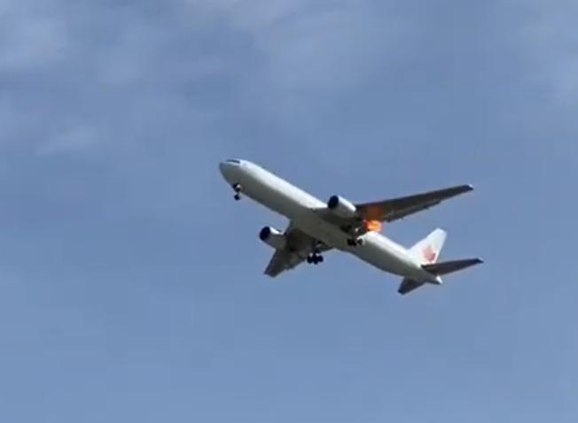 Avião Boeing 767 Air Canada Motor Chamas