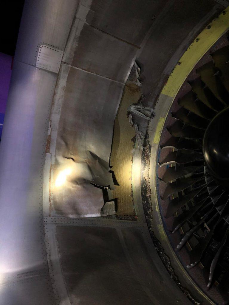 Air Canada 767 Pneu Estourado Madrid