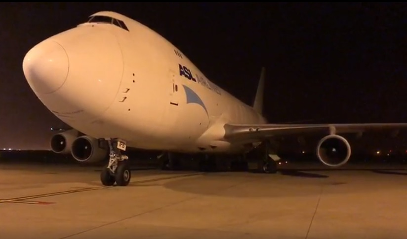 Avião Boeing 747-400F ASL Airlines Máscaras Liège