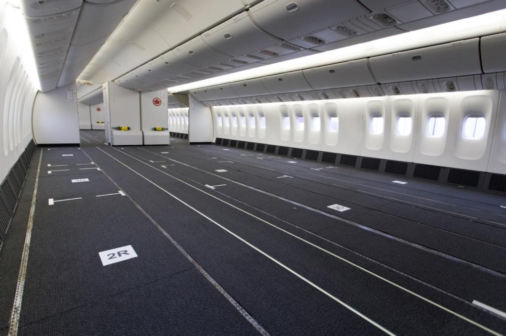 Air Canada 777-300ER Convertido Carga