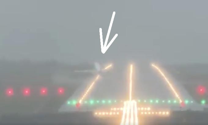 Vídeo A320 quase acidenta-se lateral pista pouso vento