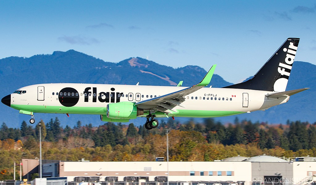 Avião Boeing 737-800 Flair Airlines